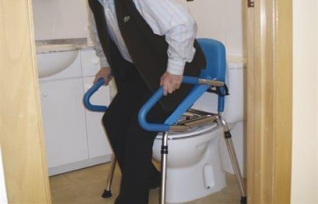 Židle s toaletou