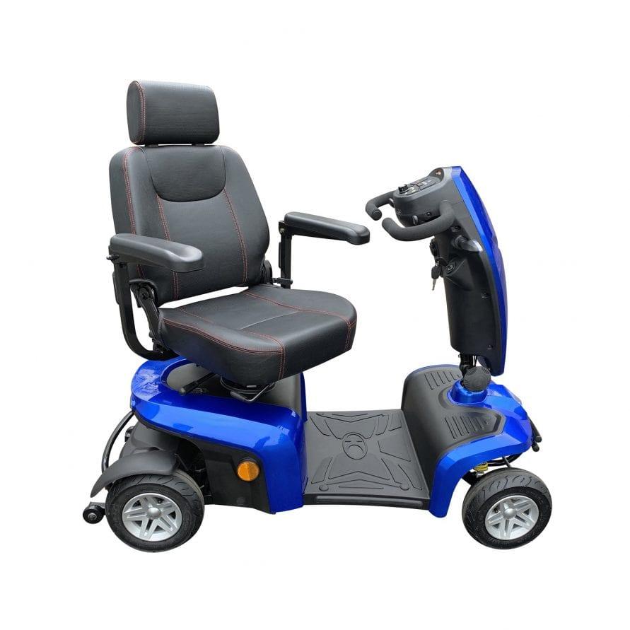 Comfy-turn-seat-LR